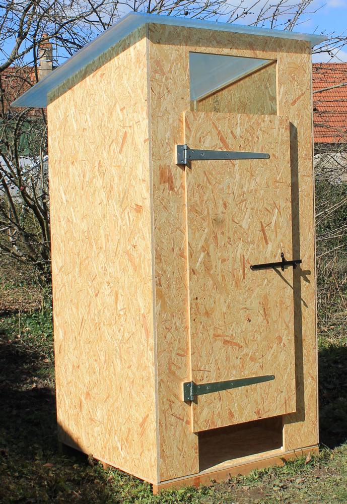 cabane toilettes seches 1er prix toilettes seches toilette seche wc sec marmite norvegienne. Black Bedroom Furniture Sets. Home Design Ideas