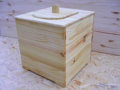-Kit toilettes seches avec couvercle posé (vendu en Kit ou monté)