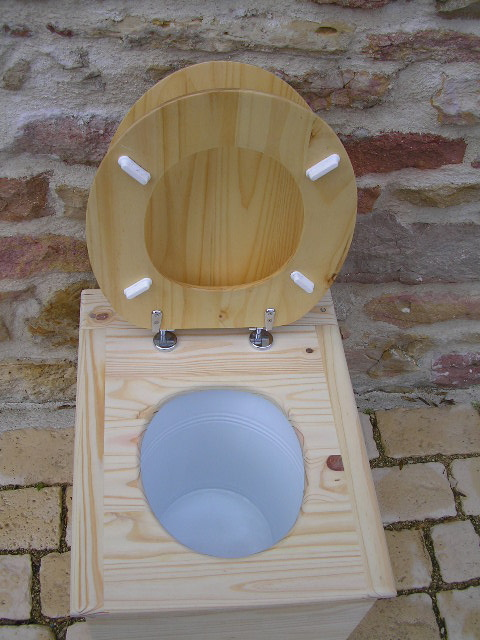 toilette s che idecolo avec abattant wc classique wc sec livr mont toilettes s ches. Black Bedroom Furniture Sets. Home Design Ideas